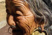 Locals tijdens Manaslu trekking Nepal