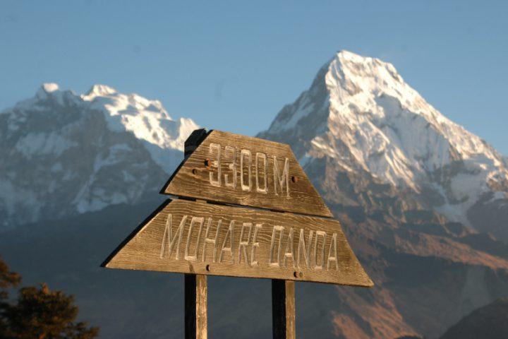 Community trekking Mohare Hill