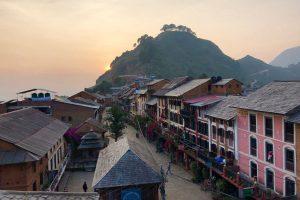 Nepal - Bandipur - Uitzicht over de bazaar bij zonsondergang