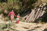 Nepal - Panauti - Locals tijdens Sanga wandeling