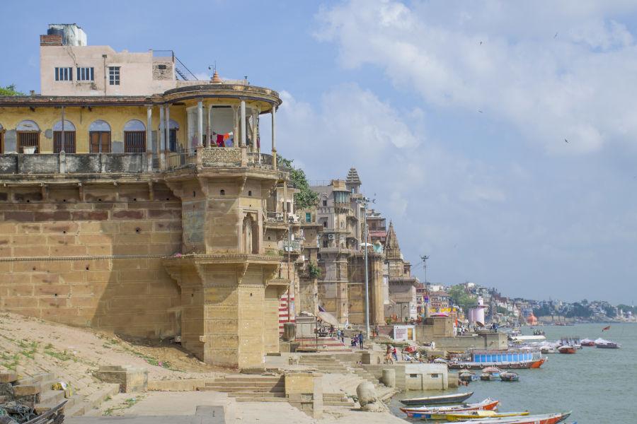 Oever van de Ganges in Varanasi