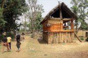 Traditioneel huis Karnali rivier West Nepal